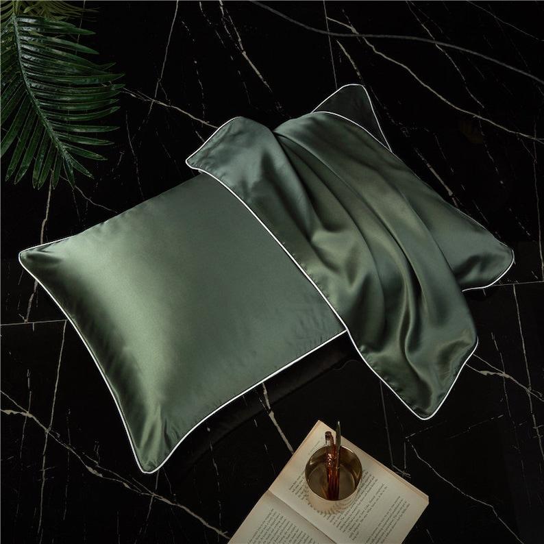 Mulberry Silk Pillowcases Set of 2 Queen Size Silk Pillowcase image 0