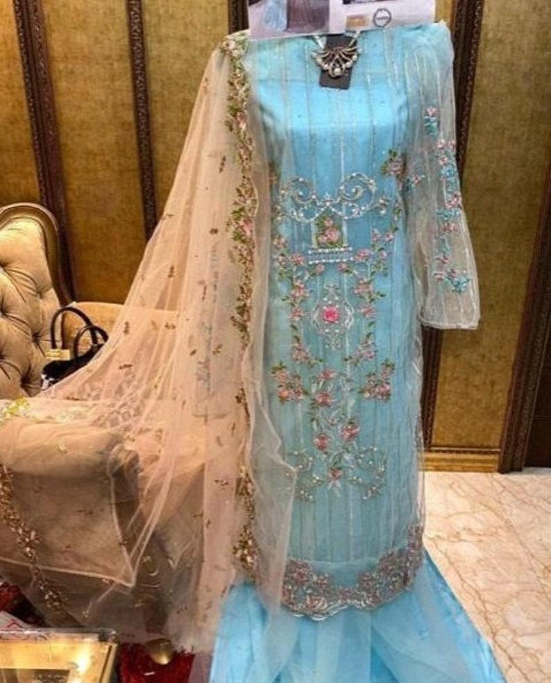 Latest Trending Pakistani Salwar Suit Sharara Suits