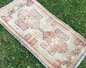 small carpet 1.4x2.7 doormat Housewarming gift DK561 Turkish Small rug Vintage Small Carpet Small runner rug Vintage Home decor