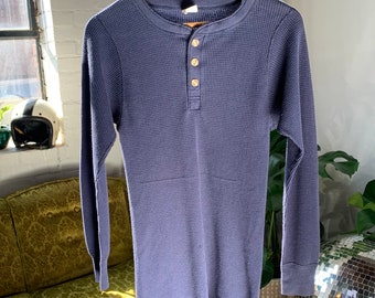 90s Navy Blue Thermal Henley