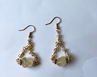 gold chain and gold  earwire Fluorite and black glass cube beaded Carmine earring has irregular length handforged gold fringe