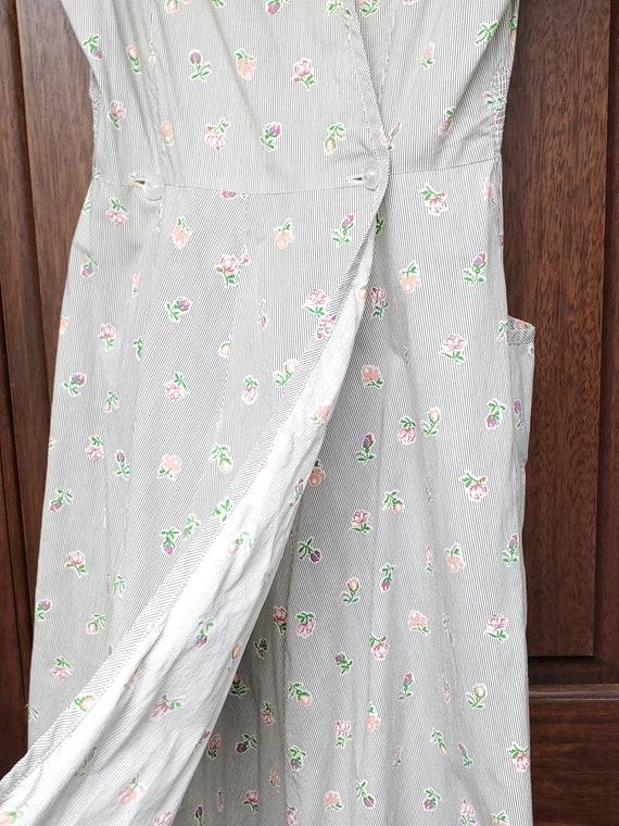 1940s Dress S Small Neat n' Tidy Apron Dress Swir… - image 7