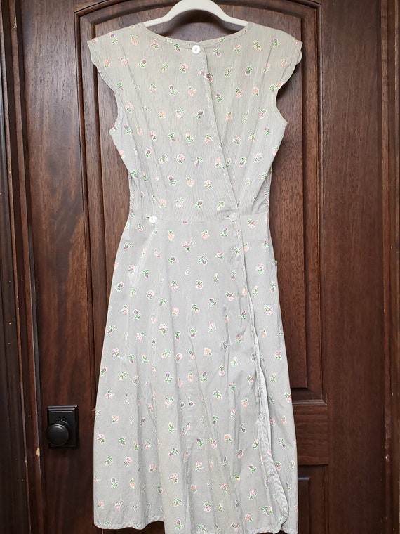 1940s Dress S Small Neat n' Tidy Apron Dress Swir… - image 5