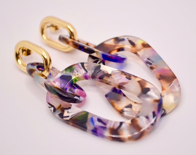 Colorful ring loops