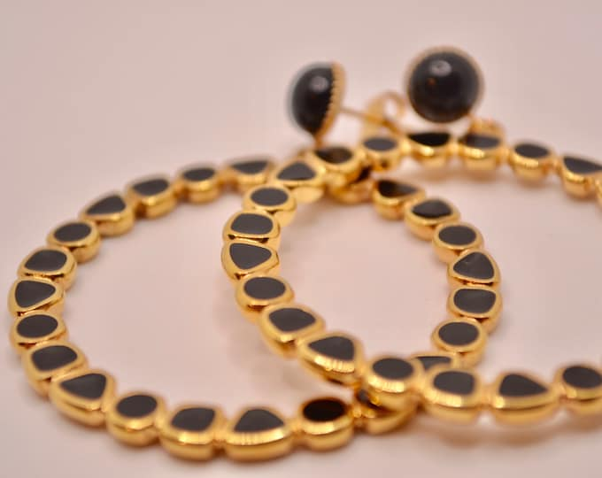 Gold earrings with fine gold and black epoxy resin