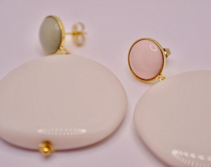 Beige resin earrings
