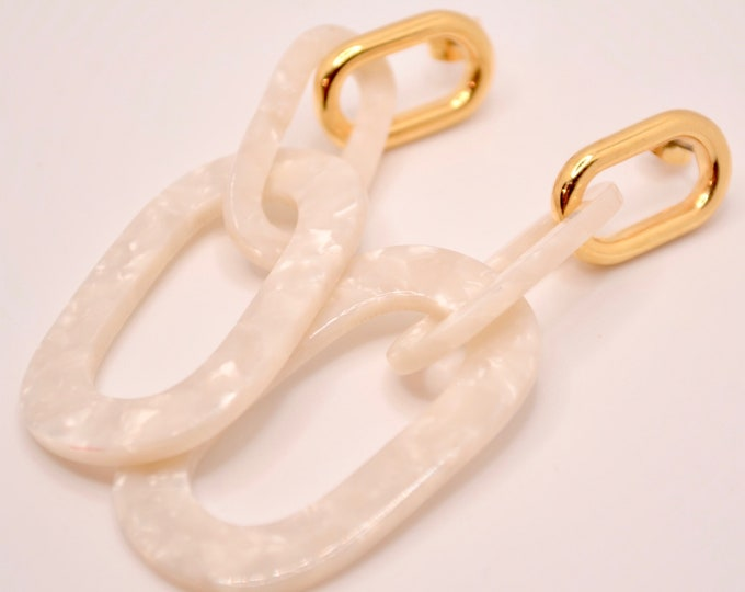 Pearly white ring earrings