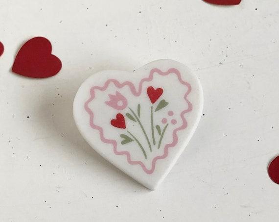 Vintage 90's Hallmark Folk Art Valentine's Day Heart Pin