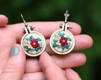 Handmade Pink  Sunflower Freestanding Lace Earrings and Choker set