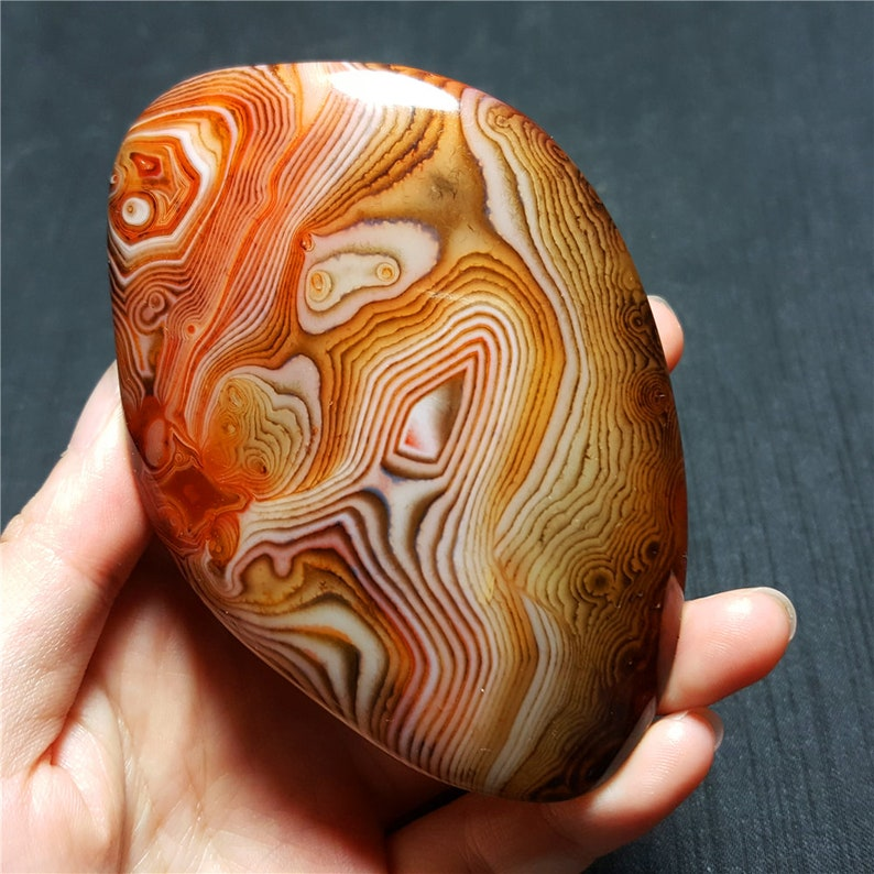 TOP Beatiful Polished Silk Banded Agate Crystal From MadagascarHealing AgateHealing stone Energy