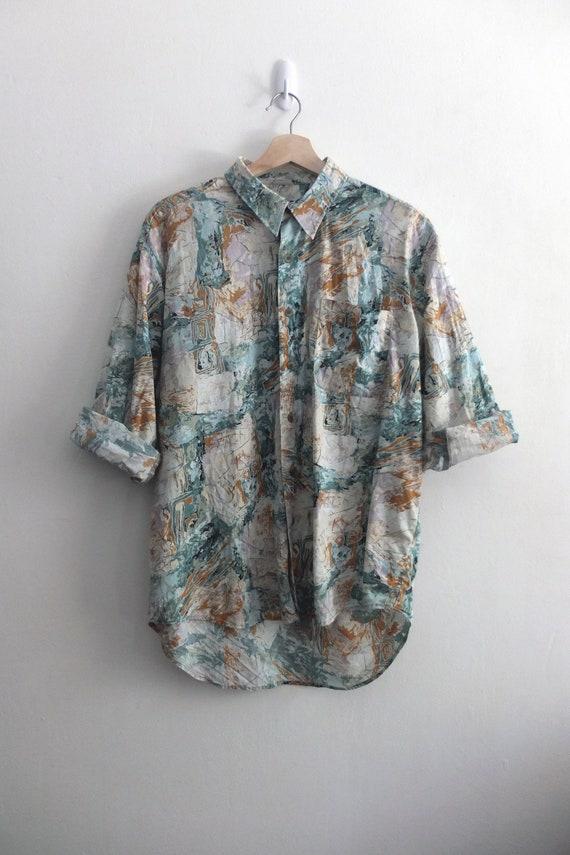 Vintage Hawaiian/Forest print Shirt - image 5