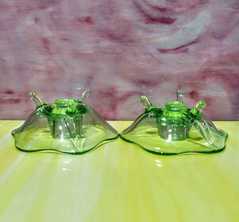 CIRCA 1930 Set of two Antique Fostoria green VaselineUranium candle holders