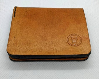 Handmade hand stitched minimalist bi-fold leather wallet with bill and card holders