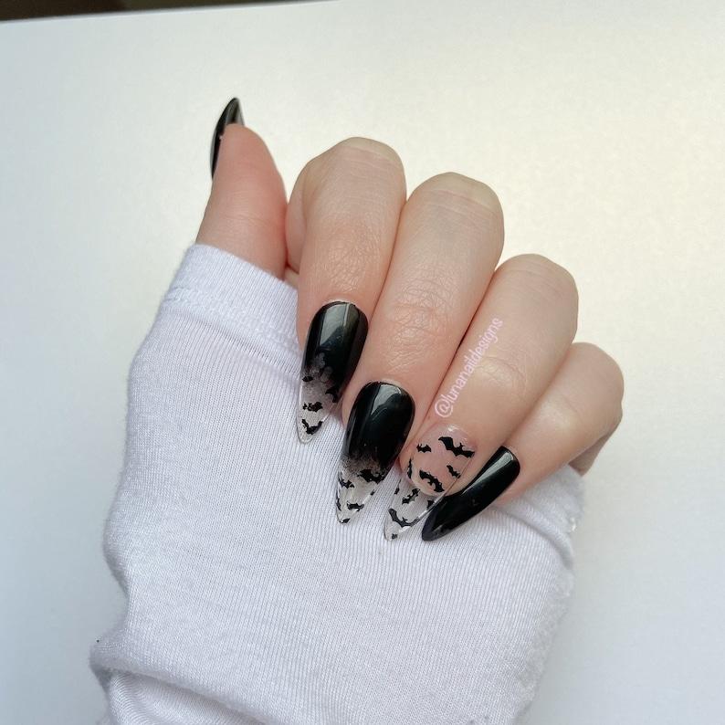 Batty PressOn Nails Halloween Design Black to Clear Ombre Medium Almond