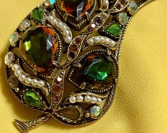 Flawed Emerald Easter Egg Cabochons Pearls Florenza Style Bracelet Earring Set Lucky Shamrock /& Horseshoe Design Antique Gold