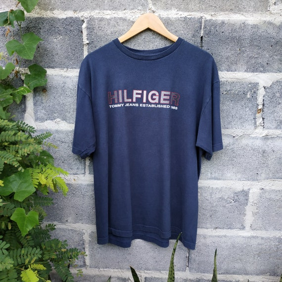 Free Shipping!Vintage 90s Tommy Hilfiger Front Back Print Big Logo Tshirt..Size L..Made in USA