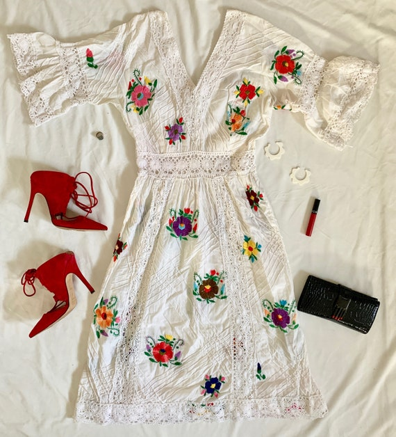 Vintage 1970's Embroidered Mexican Wedding Dress