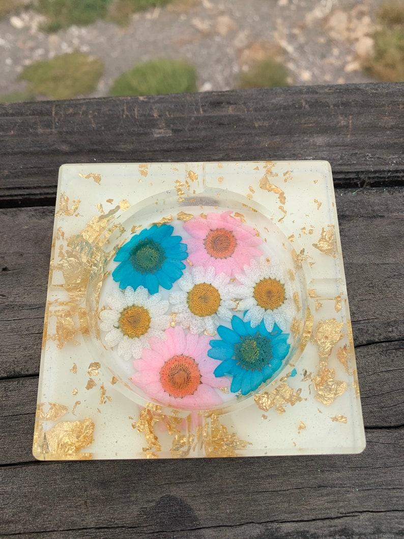 handmade layered floral resin ashtray!