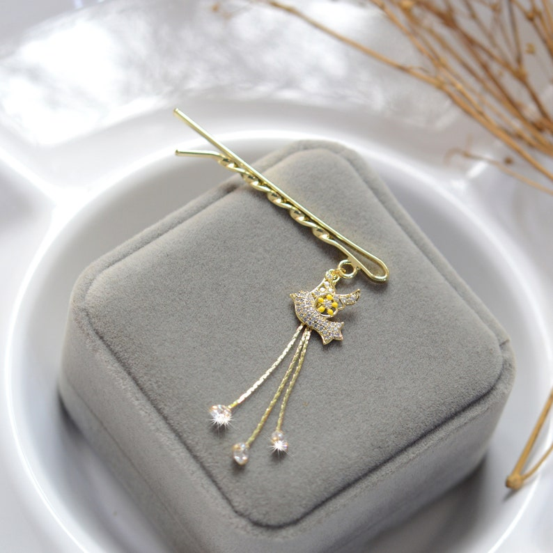 Flying pigeon bobby pin,Rhinestone bobby pin,Vintage bobby pin,Tassel bobby pin,Hair accessories,Hair accessory,Hair jewelry for women