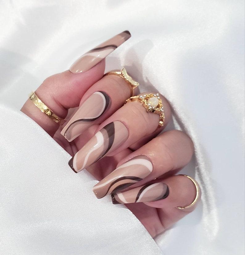 Swirl nails/Abstract nails/ minimalist nails/ Press on nails image 0