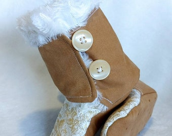 Tan/ white sparkle boots, Baby Stay on Boots, Baby booties, baby shower Gift, Baby winter boots, Slippers, Booties, Boy booties, Baby boots