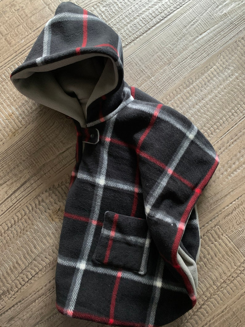 Soft car seat poncho,kids winter poncho,comfortable poncho double layers poncho hooded poncho