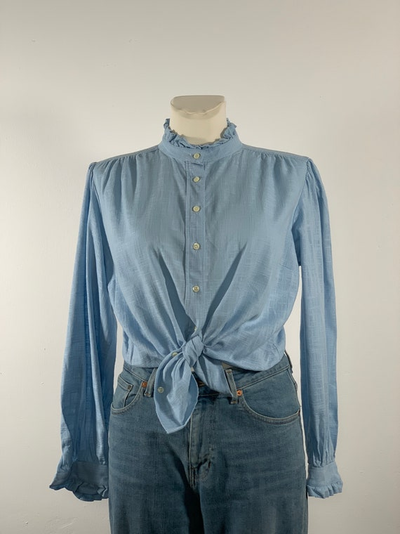 Folklore blouse 90s vintage light blue