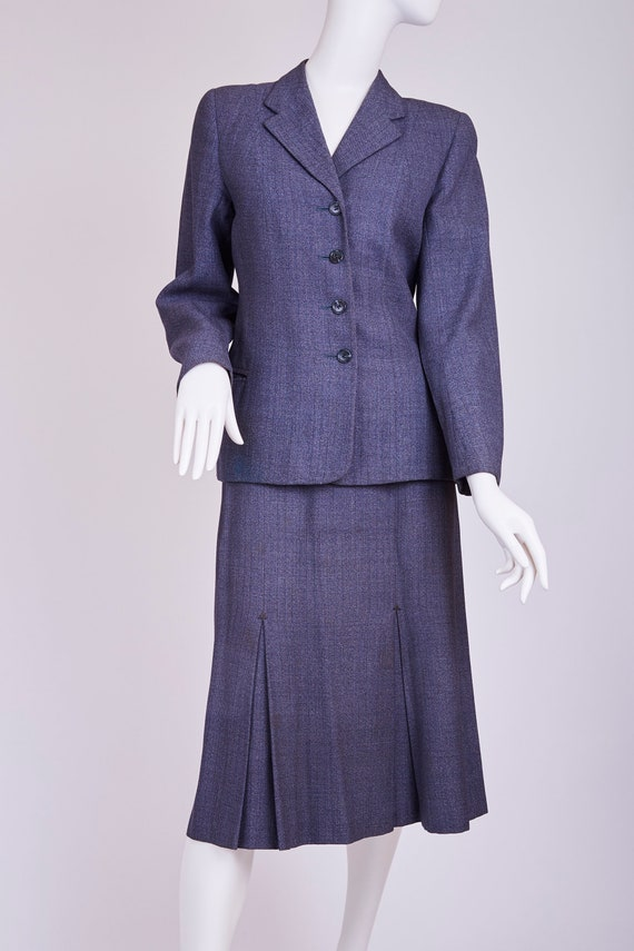 1940s vintage grey ladies suit