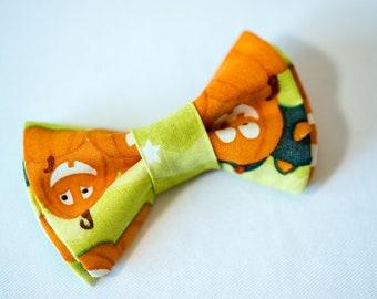Orange with Lighter Orange Pumpkins Halloween DogCat Bow Tie