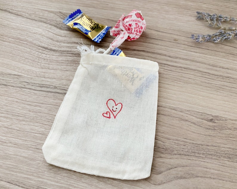 Hand Painted Gift Bags Bridesmaid Gift Bag Valentines Gift Card Holder Jewelry Gift Bags Environmental Friendly Valentines Treat Bags