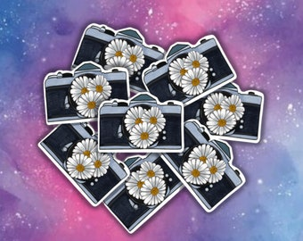 A6 Mini Notebook Daisy Decorated with a spring floral pattern