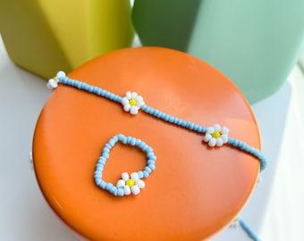 Beaded Daisy Necklace & Ring Set | beaded jewelry