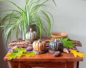 Hand made Ceramic Pumpkin Large Style Ornament Gift for autumn harvest season. Choice of three colours Orange, pale yellow or green