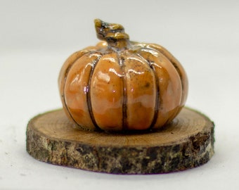 Hand made Ceramic Pumpkin Small Style Ornament Gift for autumn harvest season. Choice of two colours Orange or green.
