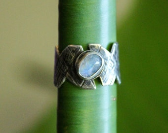 Moonstone and silver asymmetrical funky statement ring / handmade gothic bohemian chic ring with textured band / Size US 5