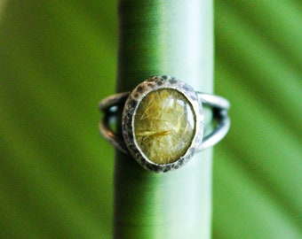 Rutilated Quartz and silver ring size US 4 3/4 / handmade sterling split band ring / minimalist one-of-a-kind unisex jewelry gift
