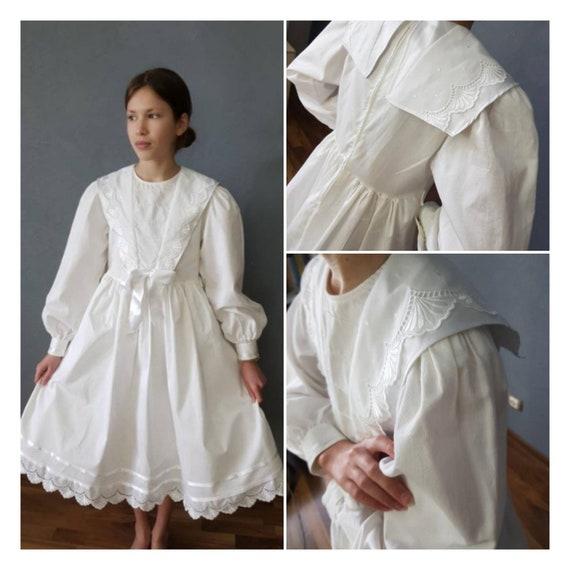 Vintage white dress,   Edvardian Girls Dress, Vict