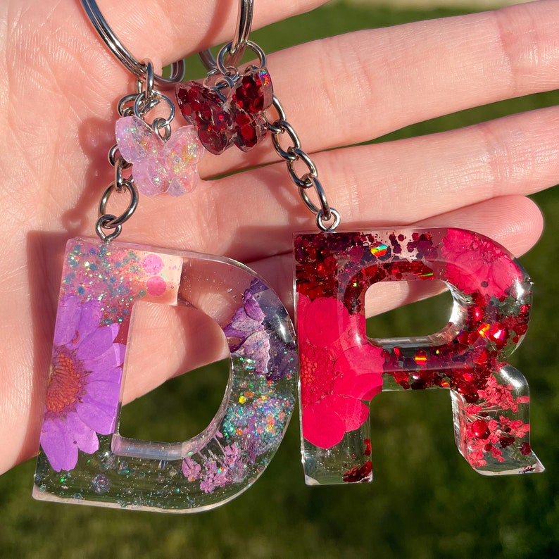 Glittery Keyring Gifts For Her Resin Keyring Resin Keychain Personalised Keyring Flower and Glitter Initial Keyring Keychain