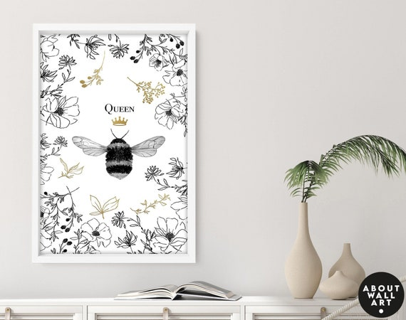 Queen Bee cottage core wall art decor, cottagecore art prints, Floral and bees home decor wall hanging, botanical living room decor