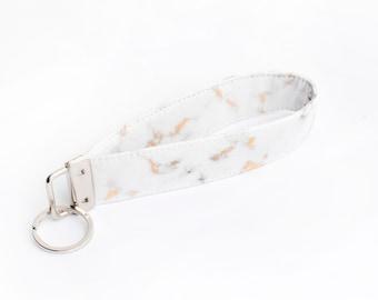 Gold Vein Marble Key Fob, Minimal Keychain Lanyard, Marbled Fabric Key Wristlet - gold white marble