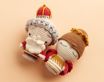 Mini Kingdom Nativity King and Queen amigurumi mini figure - crochet doll for birthday present, graduation gift, best friend gift