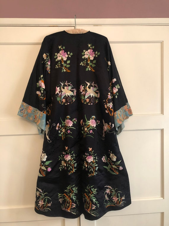 Early 20th Century Antique Chinese Silk Robe