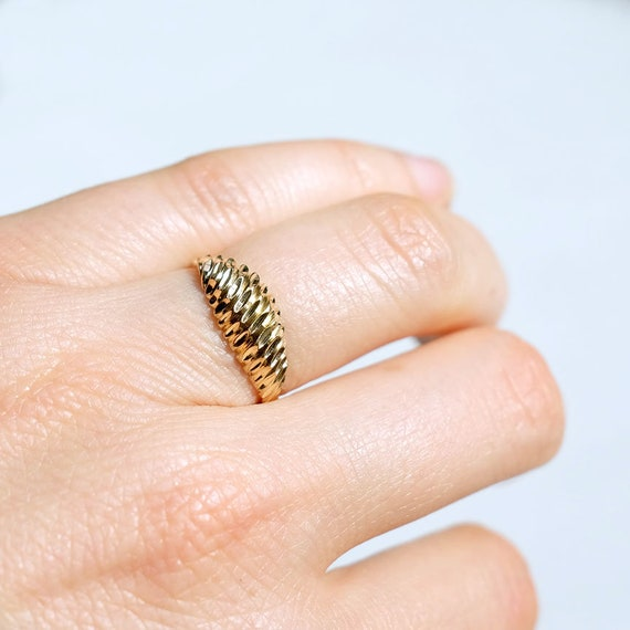 10k gold ring, gold dome ring, diamond cut ring, 1