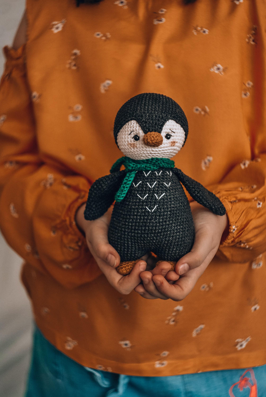 Penguin crochet pattern. Amigurumi penguin. Crochet toy pattern.