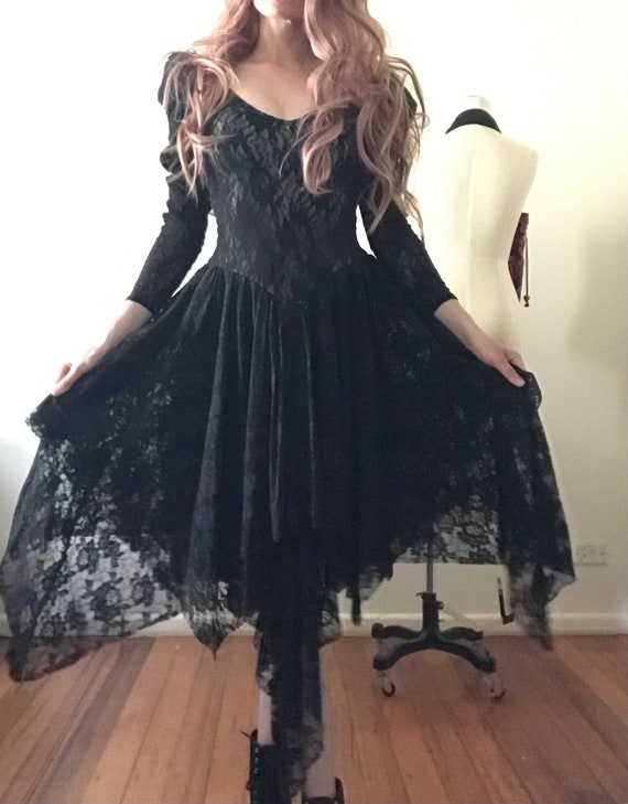 Gothic stretchy lace dress