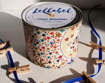 Clean Shimmer, Fresh Linen Scented Candle. Washing hanging on the line scented candle
