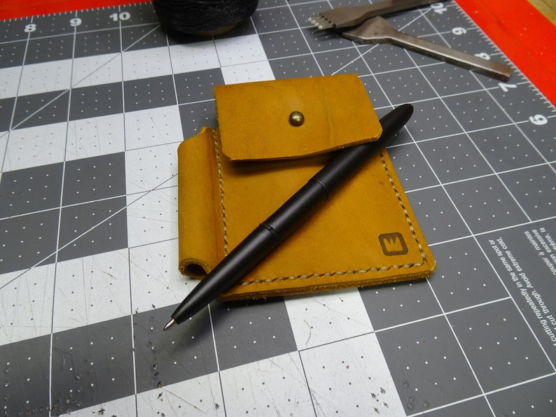Handmade leather card holderwallet with space pen