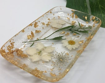 Flowers in Resin Trinket, Jewelry Tray, Vanity Tray or Soap Dish / Bridesmaid Gift