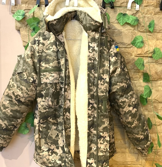 Military winter peacoat with fur , Camouflage Wint