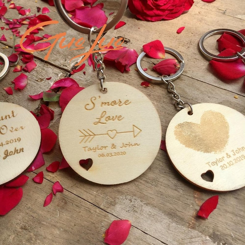 Rustic Wedding Gifts 10pcs Personalized Wood Key Chain Wedding Party Favors Souvenirs for guests,Key Tag Custom Engraved Wooden Key chain